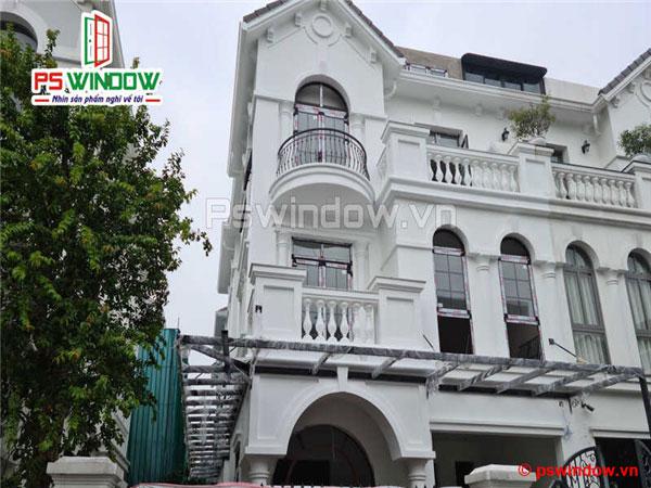 Lắp đặt cửa nhôm cầu cách nhiệt Xingfa tại Vinhomes Riverside, Long Biên, Hà Nội
