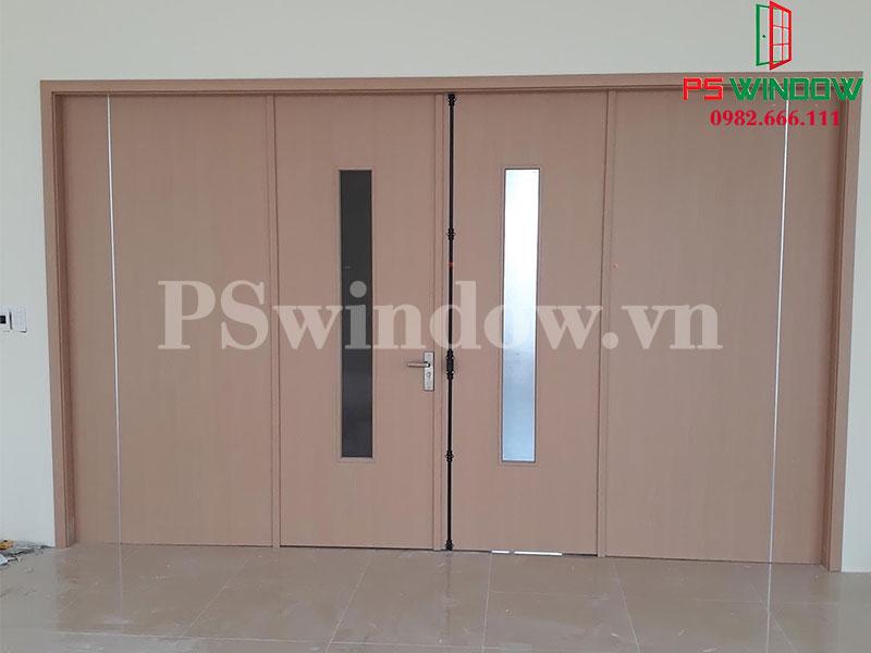 Cửa gỗ nhựa Composite 4 cánh rộng rãi cho cửa chính